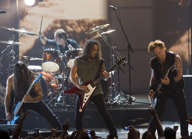 Metallica producer settles bass controversy 27 years later