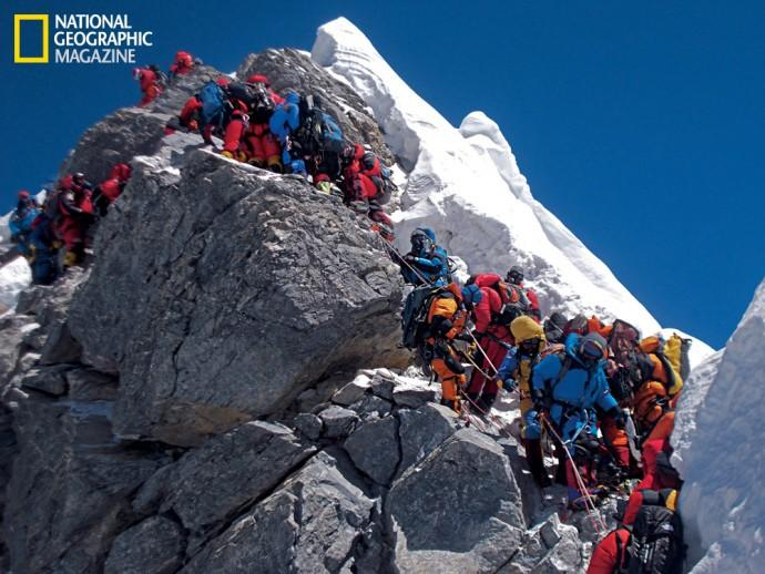 Mount Everest could be more dangerous to climb after earthquake destroys 'Hillary Step'
