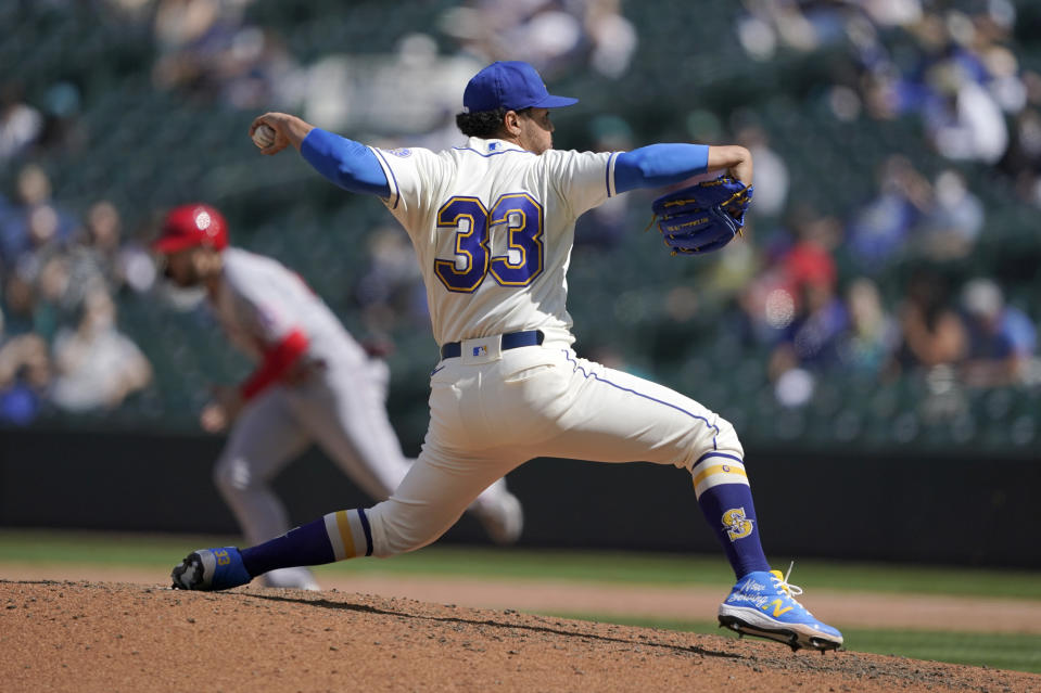 Seattle Mariners starting pitcher Justus Sheffield throws against the Los Angeles Angels during the sixth inning of a baseball game, Sunday, May 2, 2021, in Seattle. (AP Photo/Ted S. Warren)