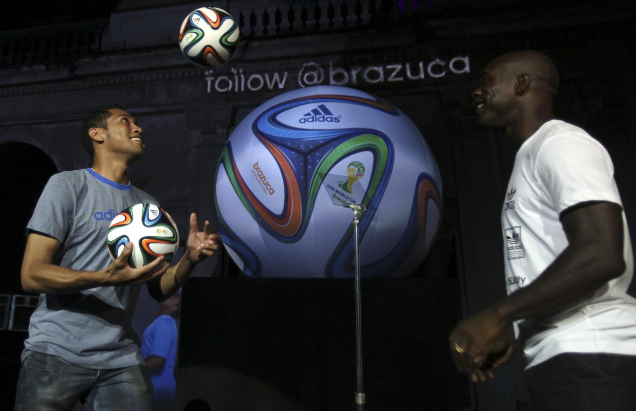uk availability 43e92 711c1 Hernane and Seedorf play with the official match ball for the 2014 World Cup  during its presentation in Rio de Janeiro