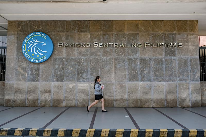 Philippines Holds Rate in First Policy Meeting Under Diokno