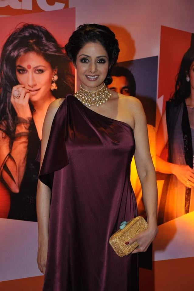She may be almost touching 50 but man Sridevi is in the best shape of her life. Add to that, the fact that she's always dressed to perfection. And so the shimmering choker around her neck is just icing to the cake.