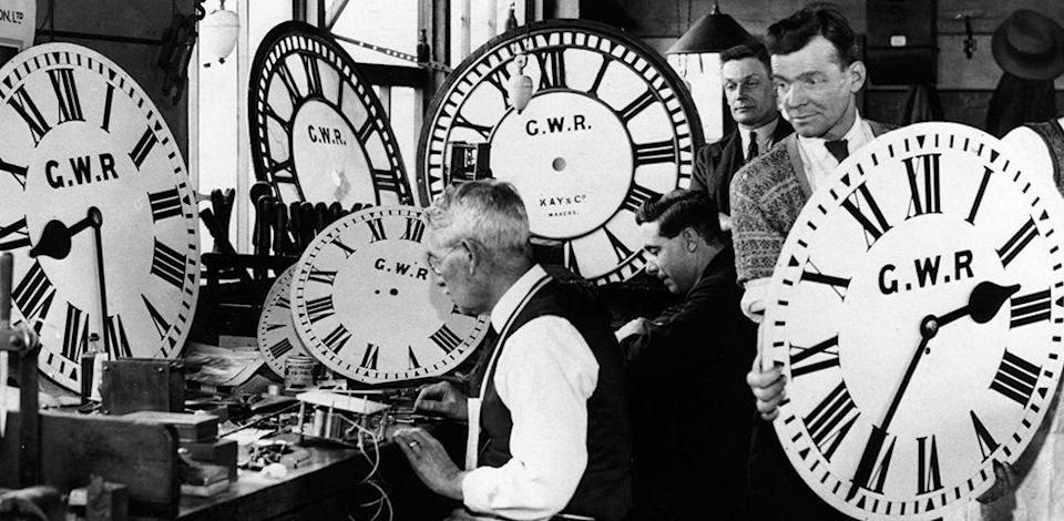 <p>A clockwinder did exactly what the name insinuates — wind clocks. It was only a matter of time before electric clockwinders, which required less maintenance and fewer repairs, were produced during the Industrial Revolution. </p>