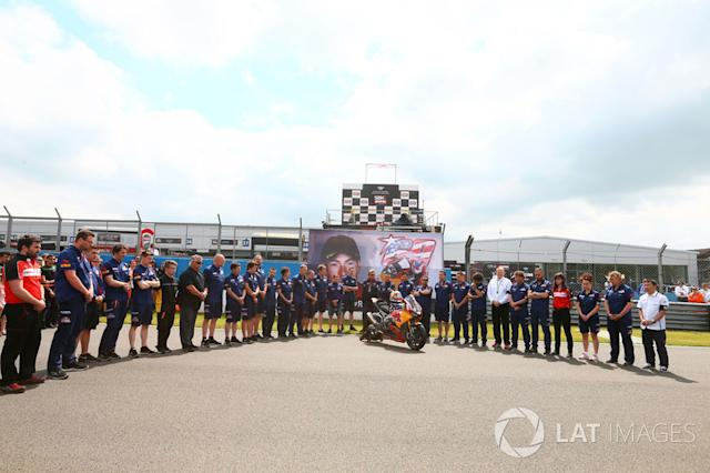 """Tributo a Nicky Hayden <span class=""""copyright"""">Gold and Goose / Motorsport Images</span>"""