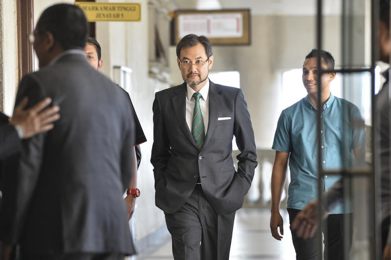 Former 1MDB CEO Datuk Shahrol Azral Ibrahim Halmi arrives at the Kuala Lumpur Courts Complex October 9, 2019. — Picture by Shafwan Zaidon