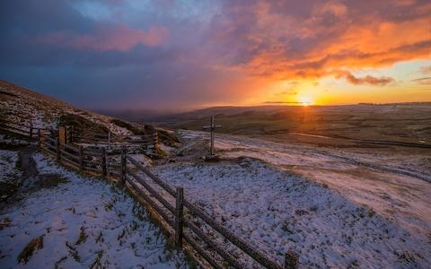 Boxing Day Surise at Mam Tor North Derbyshire - Credit: Charlotte Graham