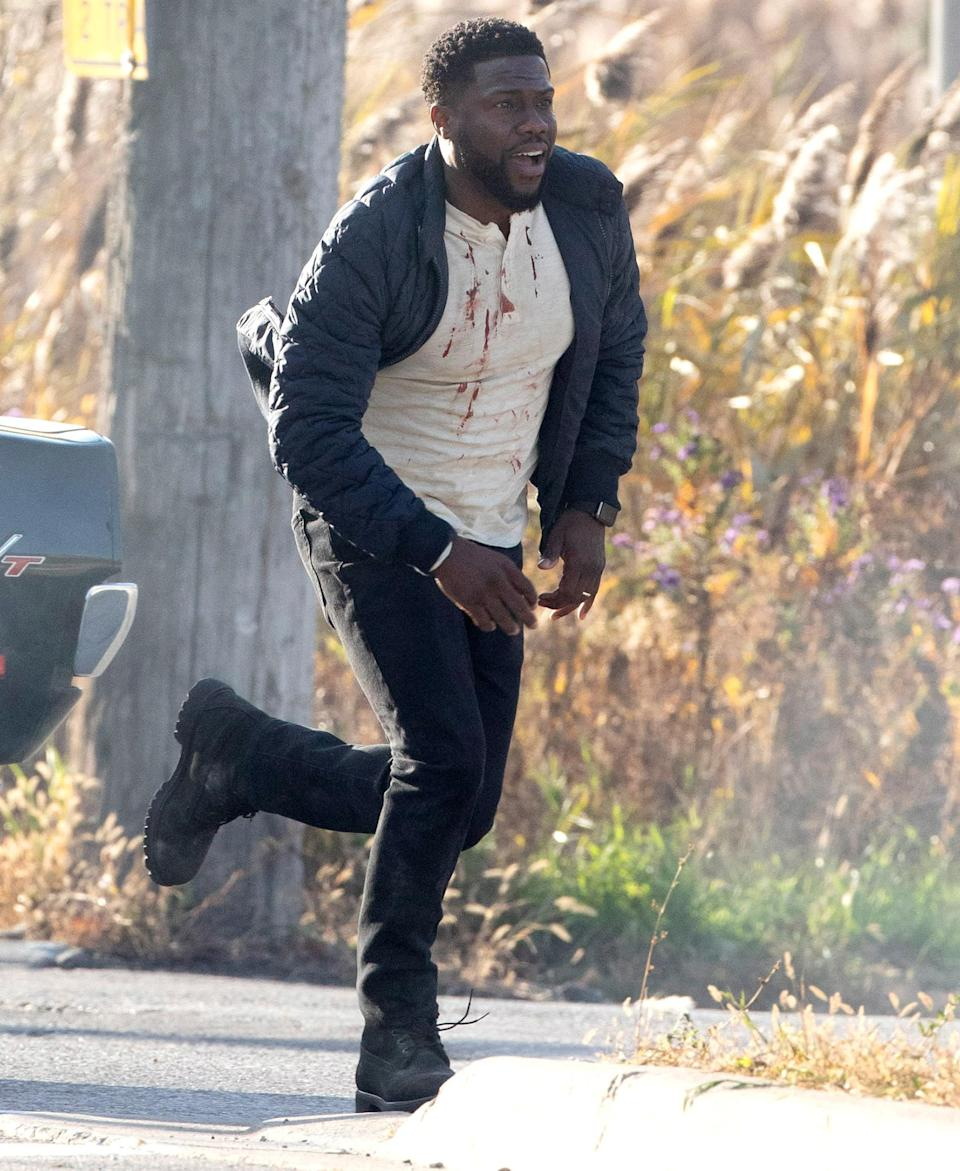 <p>Kevin Hart is seen in action filming his new movie <em>The Man</em> <em>From Toronto</em> on Tuesday in Toronto, Canada.</p>