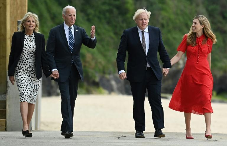 Johnson (2R) and his wife Carrie Johnson (R) met with Biden and US First Lady Jill Biden in Cornwall on Thursday