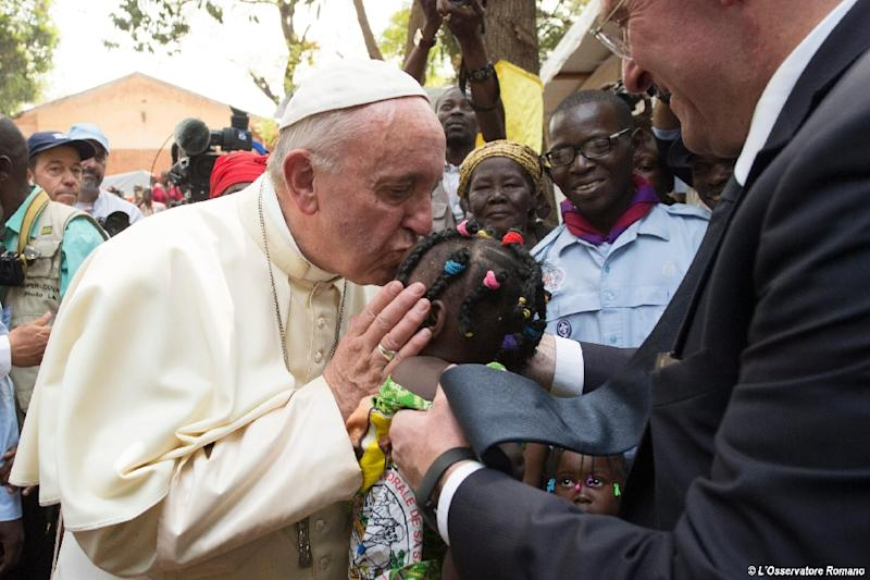 Pope Francis at the refugee camp of St. Sauveur in the Central African Republic's Bangui, on November 29, 2015, during his historic trip to Arfica (AFP Photo/)