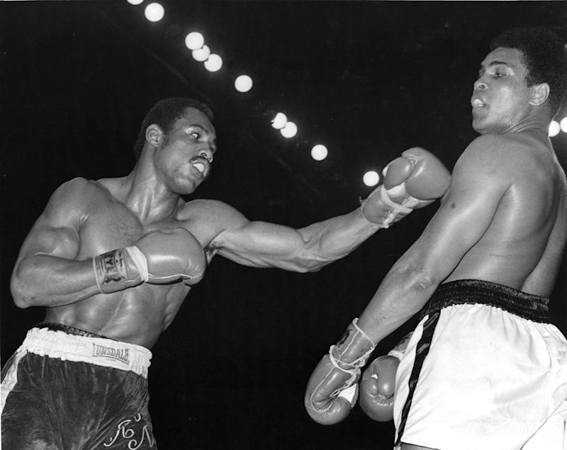 SAN DIEGO - MARCH 31,1973: Ken Norton (L) throws a left jab to Muhammad Ali during the fight at the Sports Arena on March 31,1973 in San Diego, California. Ken Norton won the NABF heavyweight title. (Photo by: The Ring Magazine via Getty Images)