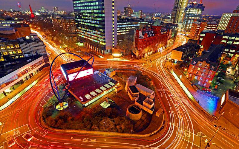 British technology start-ups attracted a record amount of investment last year - Bloomberg