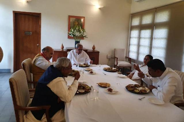 What do you think is Mamata Banerjee saying to Amit Shah over lunch?
