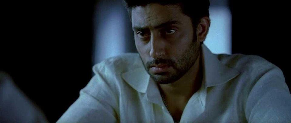 His performance as the morally upright son of a troubled politician (played by his father Amitabh Bachchan), in Sarkar, earned him rave reviews from critics as well as his second Filmfare Award for Best Supporting Actor.