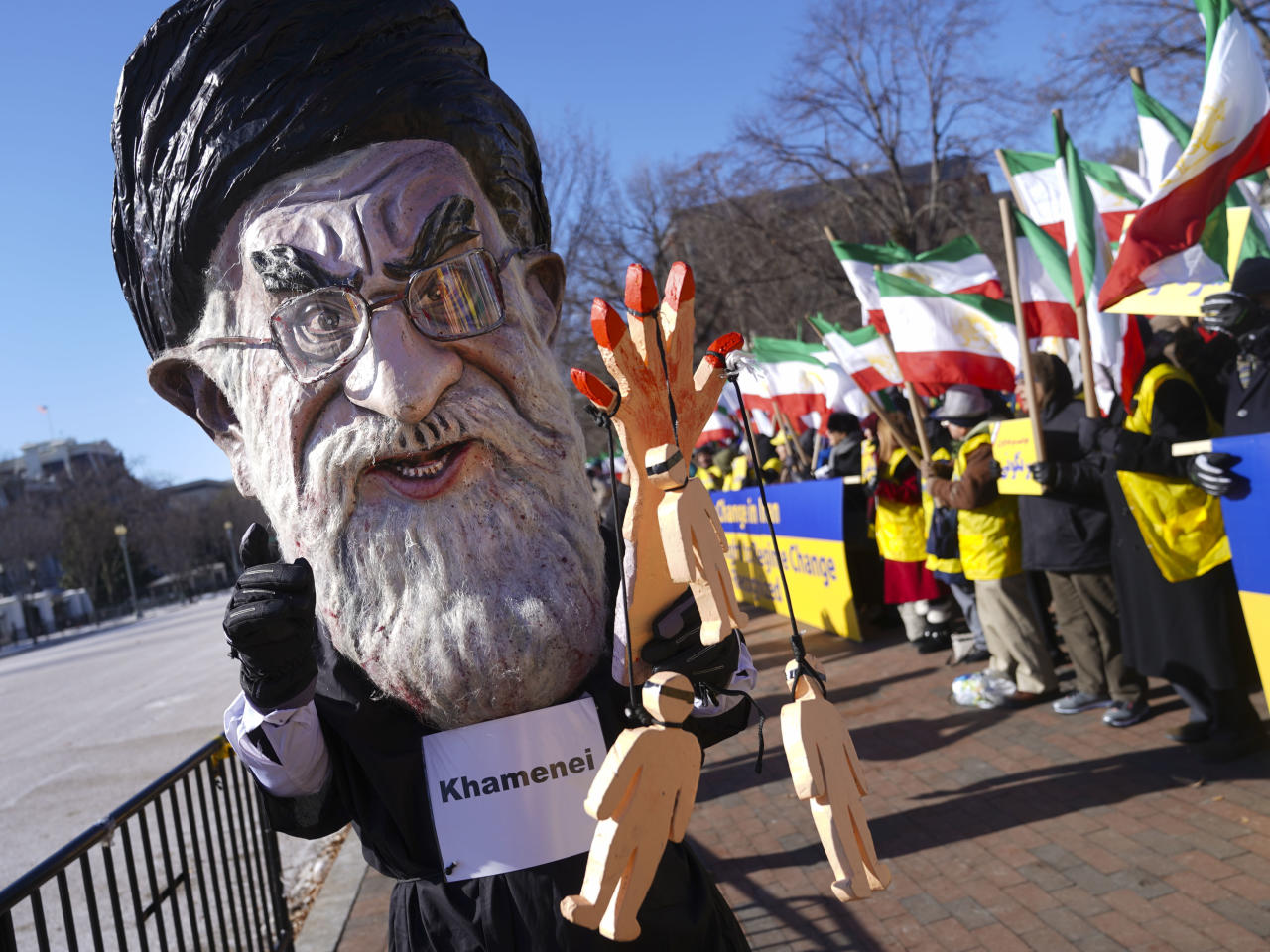 <p>A demonstrator dressed as the Iranian Supreme Leader Ayatollah Ali Khamenei participates a rally across from the White House in Washington, on Saturday, Jan. 6, 2018, in solidarity with anti-government demonstrators in Iran. (Photo: Pablo Martinez Monsivais/AP) </p>