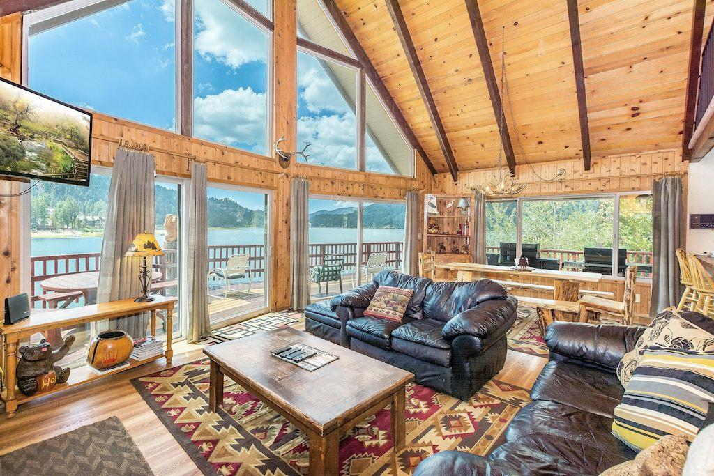Spectacular Lakefront With Hot Tub and Dock