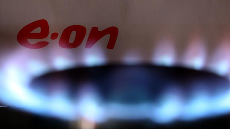 E.On weighed down by sliding UK customer numbers and price caps
