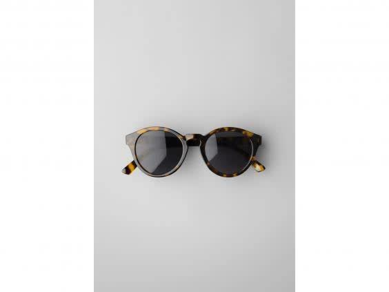 Keep the sun out of your eyes with a pair of stylish shades (Weekday)