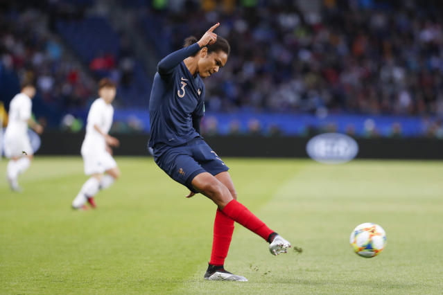 Wendie Renard #3 of France controls the ball during the 2019 FIFA Women's World Cup France group A match between France and Korea Republic at Parc des Princes on June 7, 2019 in Paris, France. (Photo by Catherine Steenkeste/Getty Images)