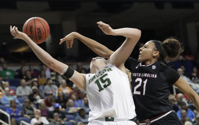 Baylor and South Carolina will close the Paradise Jam tournament. Lauren Cox (left) is out indefinitely and Mikiah Herbert Harrigan has relatives on the Virgin Islands. (AP Photo/Chuck Burton)