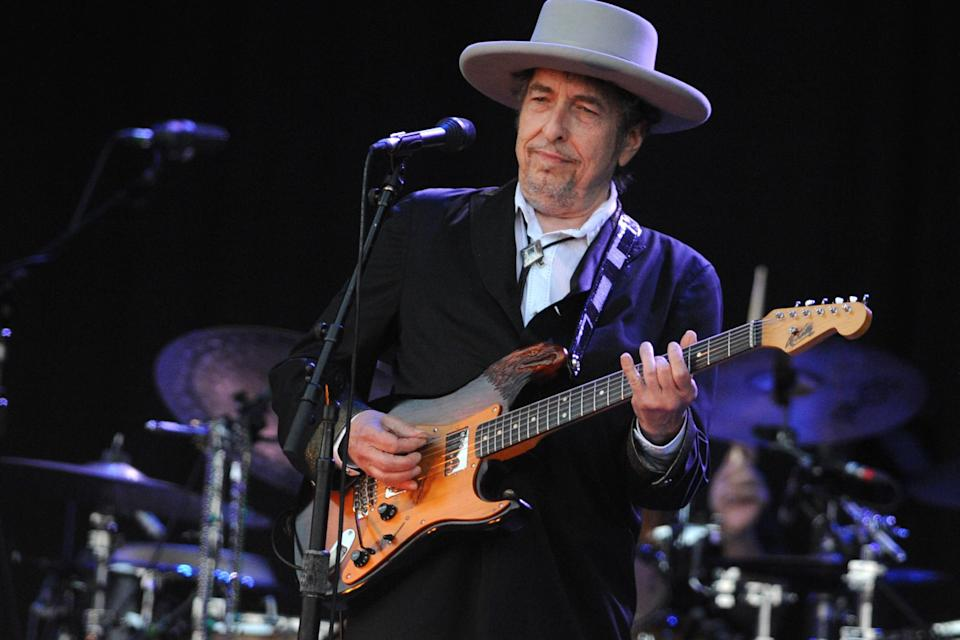 Bob Dylan performs at the 21st edition of the Vieilles Charrues festival in 2012 in Carhaix-Plouguer (Getty)(FRED TANNEAU/AFP/GettyImages)