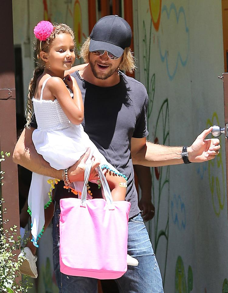 Gabriel Aubry literally picked up his 5-year-old daughter Nahla from school on Wednesday ... and she looked happy to get the lift. The little girl's mom is Halle Berry, who's expecting her second child, which means Nahla will soon get the title of big sister! (6/19/2013)