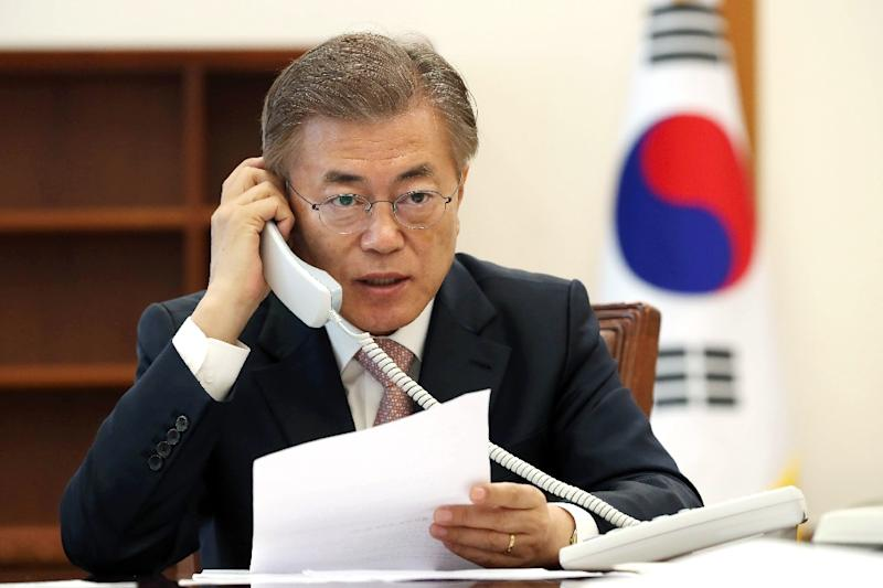 Presidents Moon, Trump reaffirm alliance in first phone talks