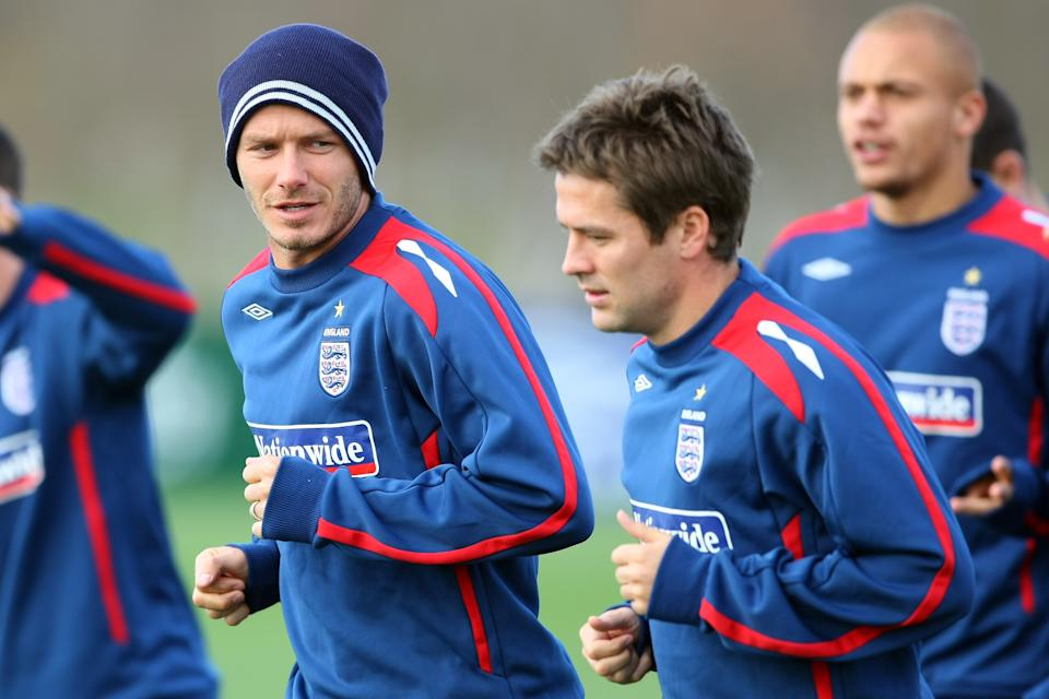 LONDON - NOVEMBER 14:  (L-R) Michael Owen and and David Beckham warm up during an England training session at London Colney Training Ground on November 14, 2007 in London, England.  (Photo by Clive Mason/Getty Images)
