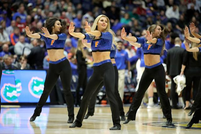 <p>Erin Andrews graduated from the University of Florida in 2000 with a degree in telecommunications. During her time at the university she was a member of the dance team. </p>