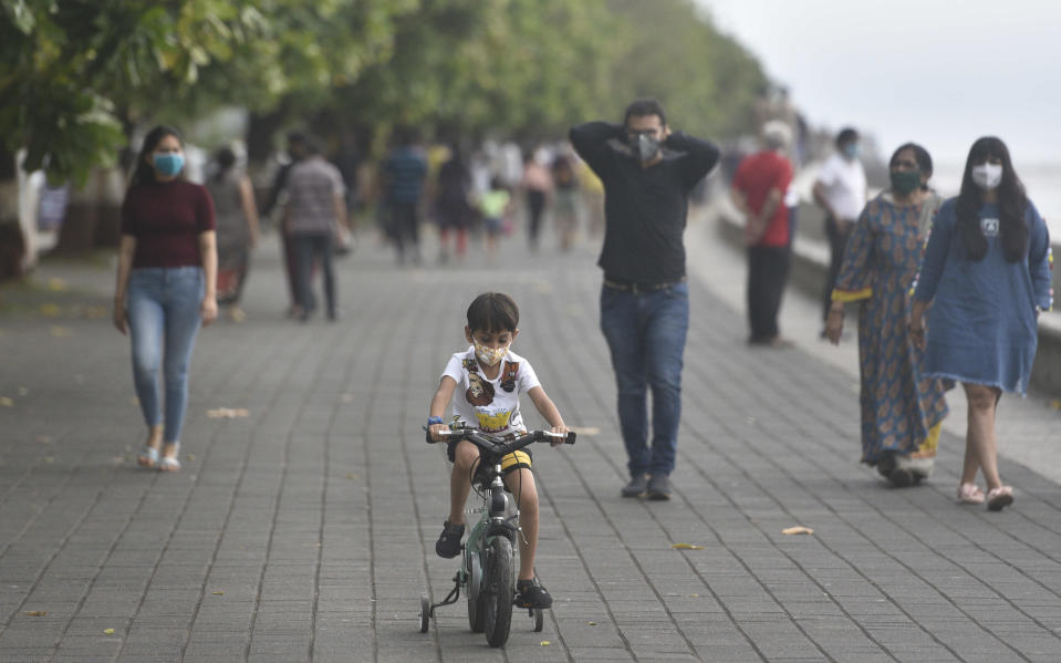 MUMBAI, INDIA - JUNE 7:A kid ride cycle at Marine drive during the first phase of Unlock 1.0, on June 7, 2020 in Mumbai, India. (Photo by Satyabrata Tripathy/Hindustan Times via Getty Images)