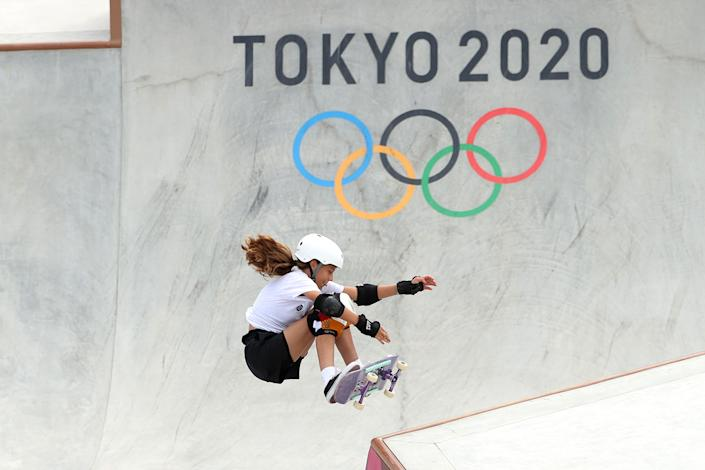 <p>Lilly Stoephasius of Team Germany competes during the Women's Skateboarding Park Preliminary Heat on day twelve of the Tokyo 2020 Olympic Games at Ariake Urban Sports Park on August 04, 2021 in Tokyo, Japan. (Photo by Ezra Shaw/Getty Images)</p>