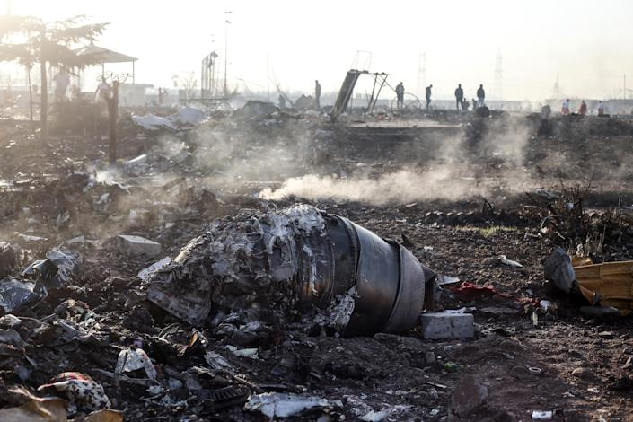 Debris from the Ukrainian airliner that crashed Wednesday in Shahedshahr, Iran. (Photo: Mahmoud Hosseini/picture alliance via Getty Images)