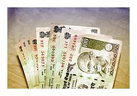 usd/inr rises with the indian rupee on risk of usdollar strength.