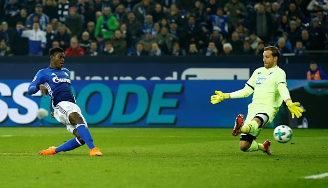 Soccer Football - Bundesliga - Schalke 04 vs TSG 1899 Hoffenheim - Veltins-Arena, Gelsenkirchen, Germany - February 17, 2018 Schalke's Breel Embolo scores their second goal REUTERS/Leon Kuegeler DFL RULES TO LIMIT THE ONLINE USAGE DURING MATCH TIME TO 15 PICTURES PER GAME. IMAGE SEQUENCES TO SIMULATE VIDEO IS NOT ALLOWED AT ANY TIME. FOR FURTHER QUERIES PLEASE CONTACT DFL DIRECTLY AT + 49 69 650050