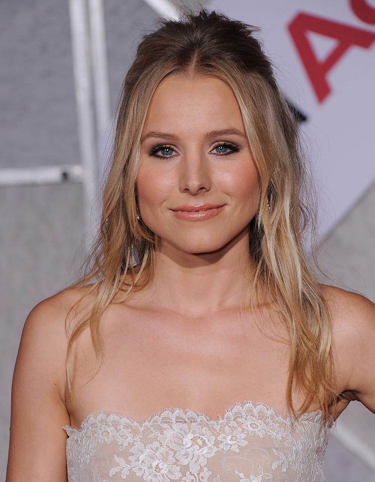 "<a href=""http://movies.yahoo.com/movie/contributor/1808491155"">Kristen Bell</a> attends the Los Angeles premiere of <a href=""http://movies.yahoo.com/movie/1810111331/info"">You Again</a> on September 22, 2010."