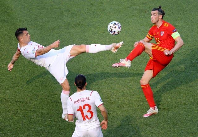 Gareth Bale, right, struggled to get into the game in the first half