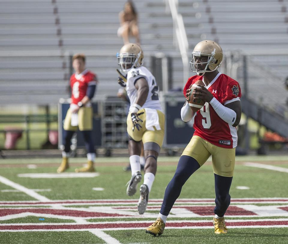 Notre Dame quarterback Malik Zaire gets ready to throw a pass as the Notre Dame football team practices at Culver Military Academy in Culver, Indiana on Saturday, Aug. 6, 2016. (Santiago Flores/The South Bend Tribune via AP)