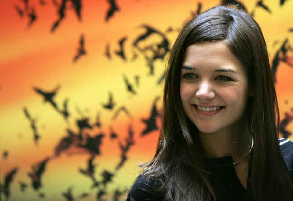 U.S. actress Katie Holmes poses for photographers during a photo call in a downtown hotel in Rome June 16, 2005. Holmes was in Italy to promote her latest movie