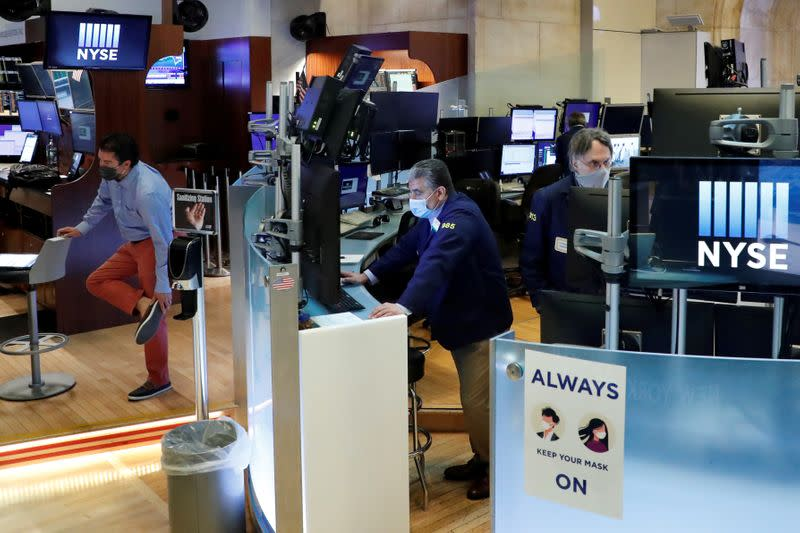 Global stocks succumb to shutdown fears but China charges on