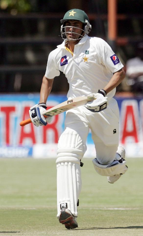Pakistan's batsman Younis Khan is pictured in action during the fourth day of the first cricket test match between Pakistan and hosts Zimbabwe at the Harare Sports Club September 6, 2013. AFP PHOTO / JEKESAI NJIKIZANA        (Photo credit should read JEKESAI NJIKIZANA/AFP/Getty Images)