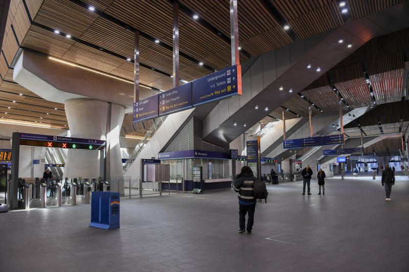 General view of a near empty London Bridge Station, in London, Tuesday, March 24, 2020. Britain's Prime Minister Boris Johnson on Monday imposed its most draconian peacetime restrictions due to the spread of the coronavirus on businesses and social gatherings. For most people, the new coronavirus causes only mild or moderate symptoms. For some it can cause more severe illness.(AP Photo/Alberto Pezzali)