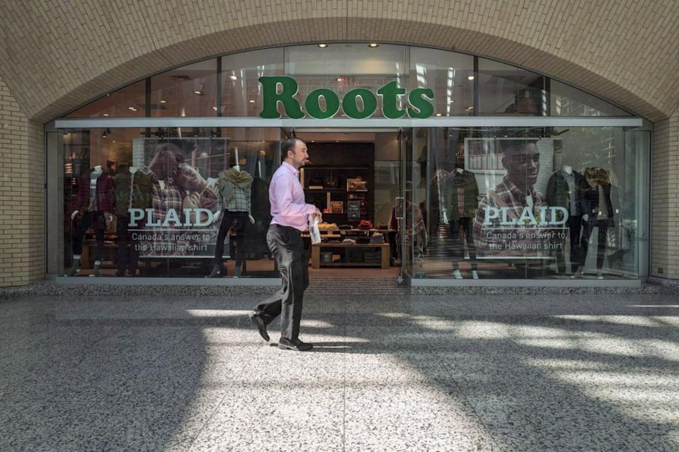 Roots says its third-quarter earnings dipped from last year to come in below its own target range as it faces a number of challenges. THE CANADIAN PRESS/Chris Young