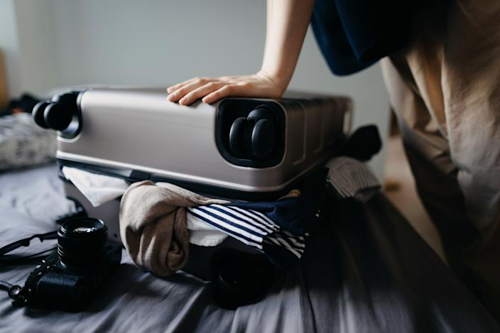 Never stress about how much your luggage weighs again with the Etekcity Digital  Luggage Scale. (Photo: Getty Images)