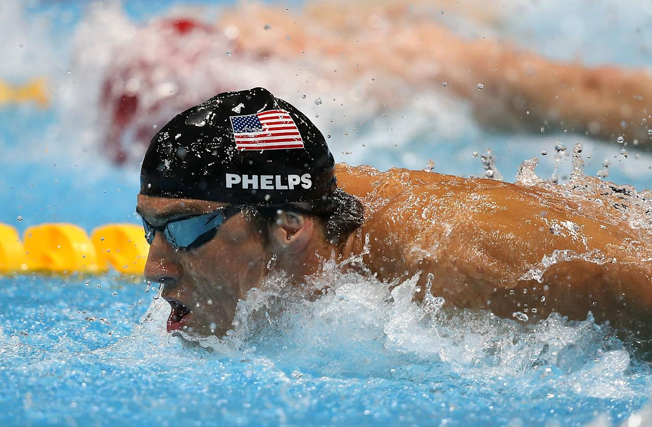 LONDON, ENGLAND - AUGUST 04:  Michael Phelps of the United States competes in the Men's 4x100m Medley Relay Final on Day 8 of the London 2012 Olympic Games at the Aquatics Centre on August 4, 2012 in London, England.  (Photo by Jeff Gross/Getty Images)