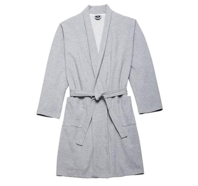 "Cosiness is love. Get it <a href=""https://www.chapters.indigo.ca/en-ca/fashion/men-s-essential-robe-heather/882709495796-item.html"" target=""_blank"" rel=""noopener noreferrer"">at Indigo</a> for $59.50."
