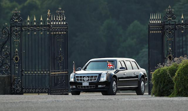 <p>President Donald Trump and first lady Melania Trump arrive in their presidential limousine at Blenheim Palace, where they are attending a dinner with British Prime Minister Theresa May, other specially invited guests and business leaders, near Oxford, Britain, July 12, 2018. (Photo: Peter Nicholls/Reuters) </p>
