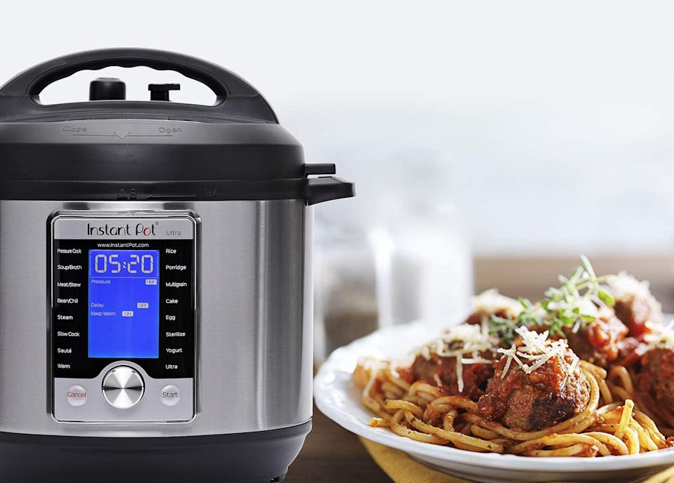 Save up to 37% on the Instant Pot Ultra Electric Pressure Cooker on sale at Amazon Canada. Image via Amazon.