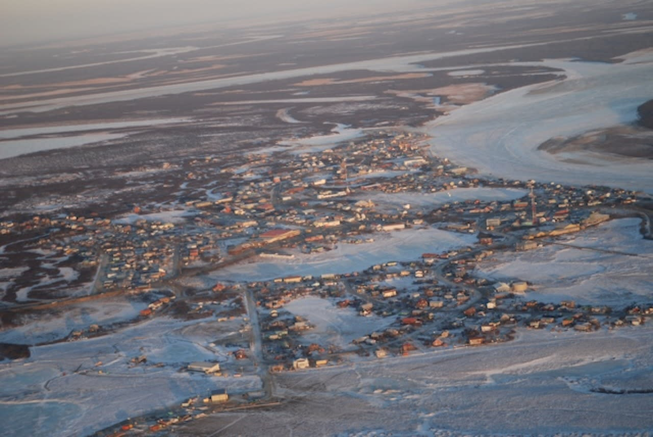 <p>County median household income: $51,930. State median household income: $71,829. Poverty rate: 23.7%. Unemployment: 16.0%. A typical household in Bethel, Alaska's poorest region, earns $19,899 less than the typical household across the state. As in other poor areas, area residents have relatively low educational attainment rates. Only 11.4% of adults in the area have a bachelor's degree, and 80.2% have finished at least high school, each some of the lower percentages in the country.</p>