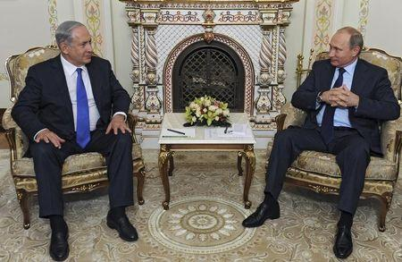 File photo of Putin meeting Netanyahu at Novo-Ogaryovo state residence outside Moscow