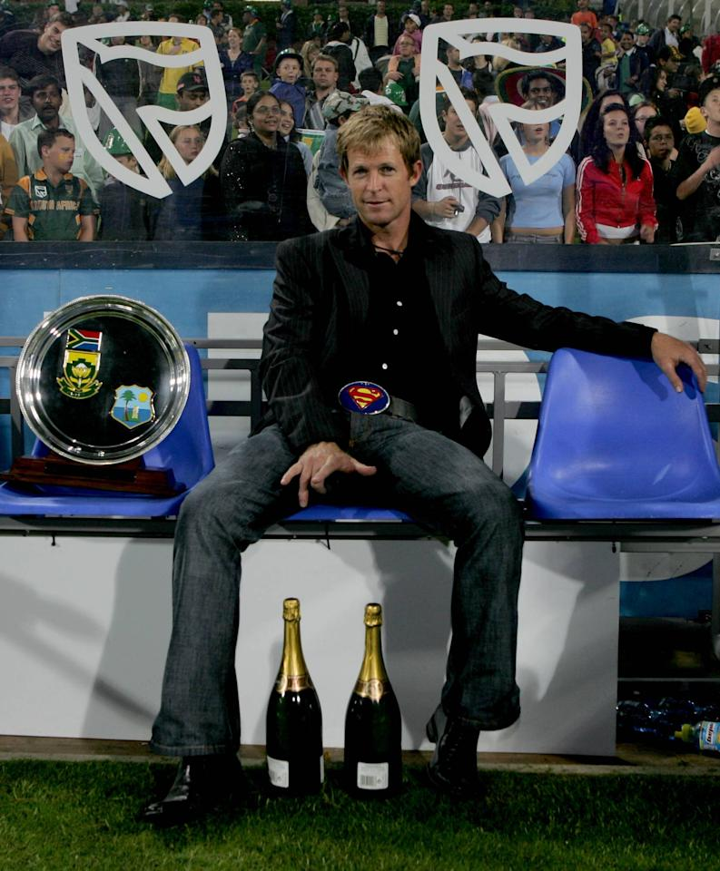 JOHANNESBURG, SOUTH AFRICA - JANUARY 18, Jonty Rhodes sits in the dug-out during the Standard Bank Pro 20 International match between South Africa and West Indies held at the Wanderers Stadium in Johannesburg, South Africa. (Photo by Duif du Toit/Gallo Images/Getty Images)