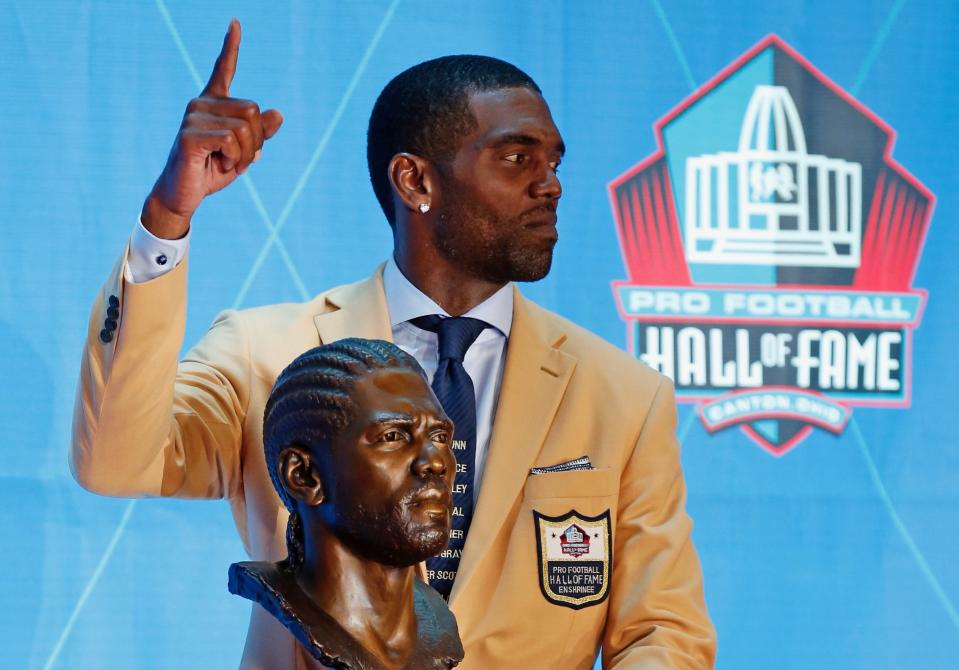 Randy Moss had a message for families of people killed by police violence after his Hall of Fame induction on Saturday. (AP)